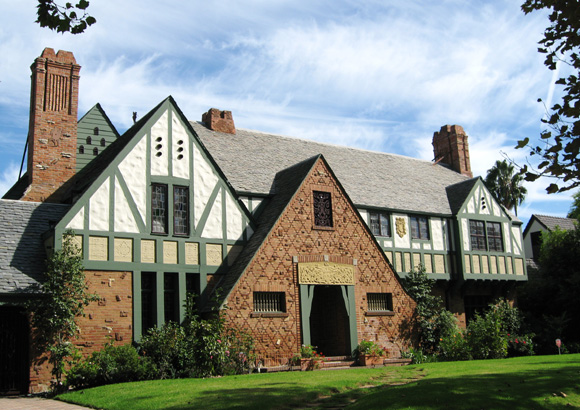 Movie star tudor historic house colors for Classic english house