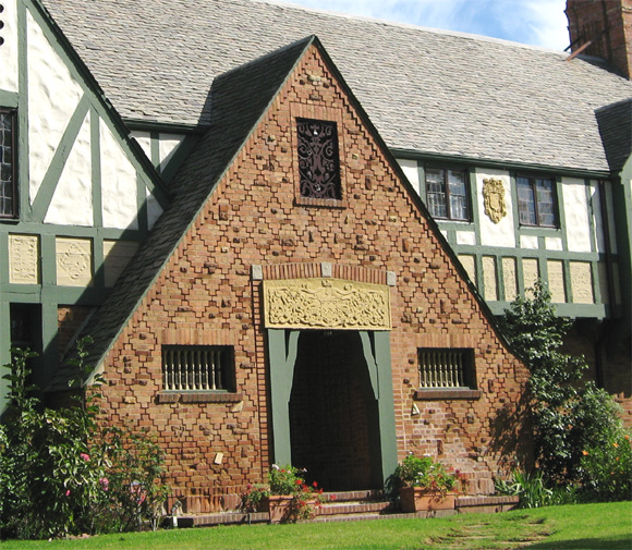 Movie star tudor historic house colors - Tudor revival exterior paint colors ...