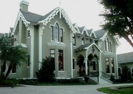 New Gothic home colors