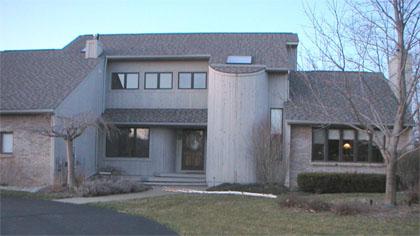 Monochrome modern house