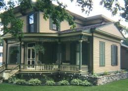 Ponke Italianate house